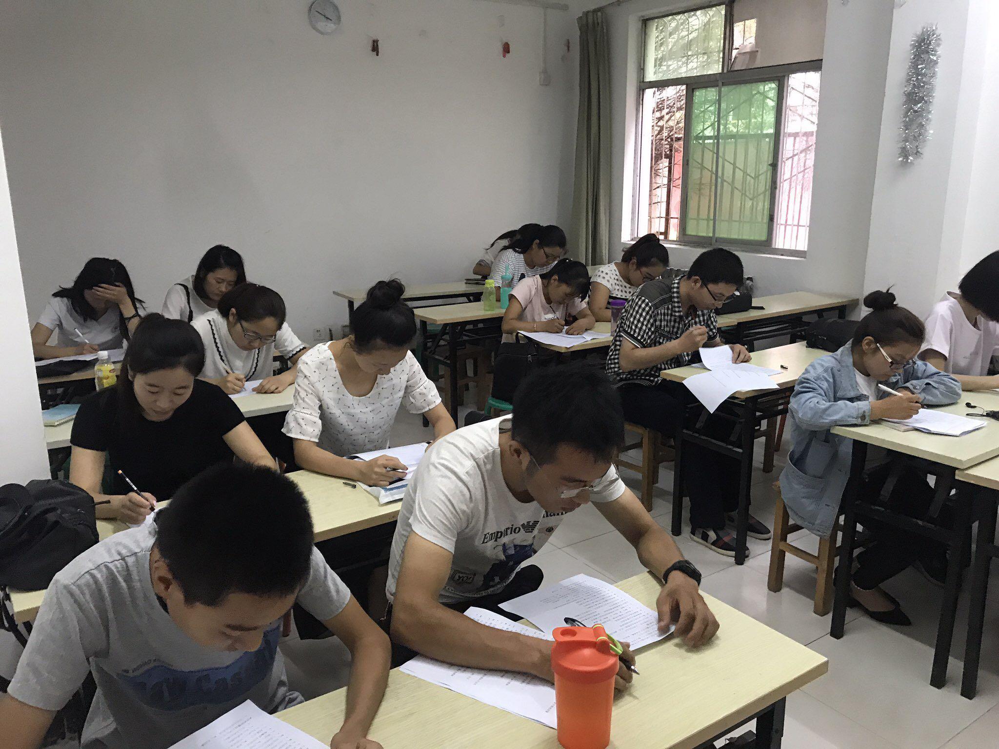 杨凌办公文员短期培训|文秘办公培训|办公自动化培训学校