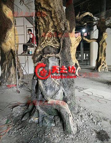 上海浦东区外高桥酒店仿真树制作中