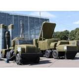 充气导弹模型